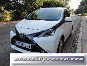 TOYOTA Aygo 1.0 VVT-i x-play x-shift