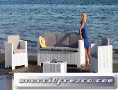 Conjunto ACA, 2 sillones + sofá + mesa, poliratán blanco, cojines incluidos.