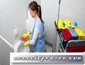 Se requieren conserjes o limpiadoras