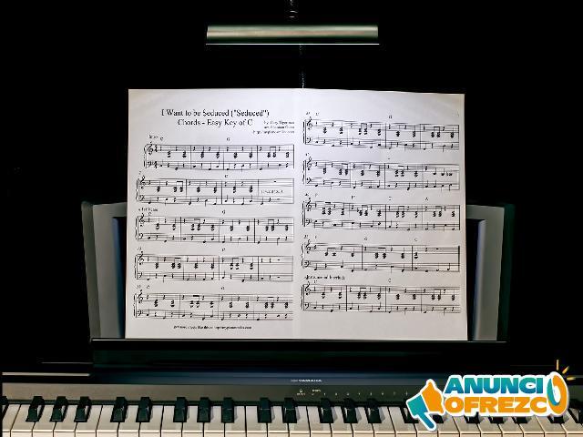 PROFESORA DE PIANO GÁLDAR-GUÍA-MOYA-AGAETE